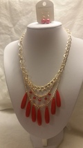 Fashion Gold Tone Necklace Red Beads Three Strand Bib With Earrings - $9.99