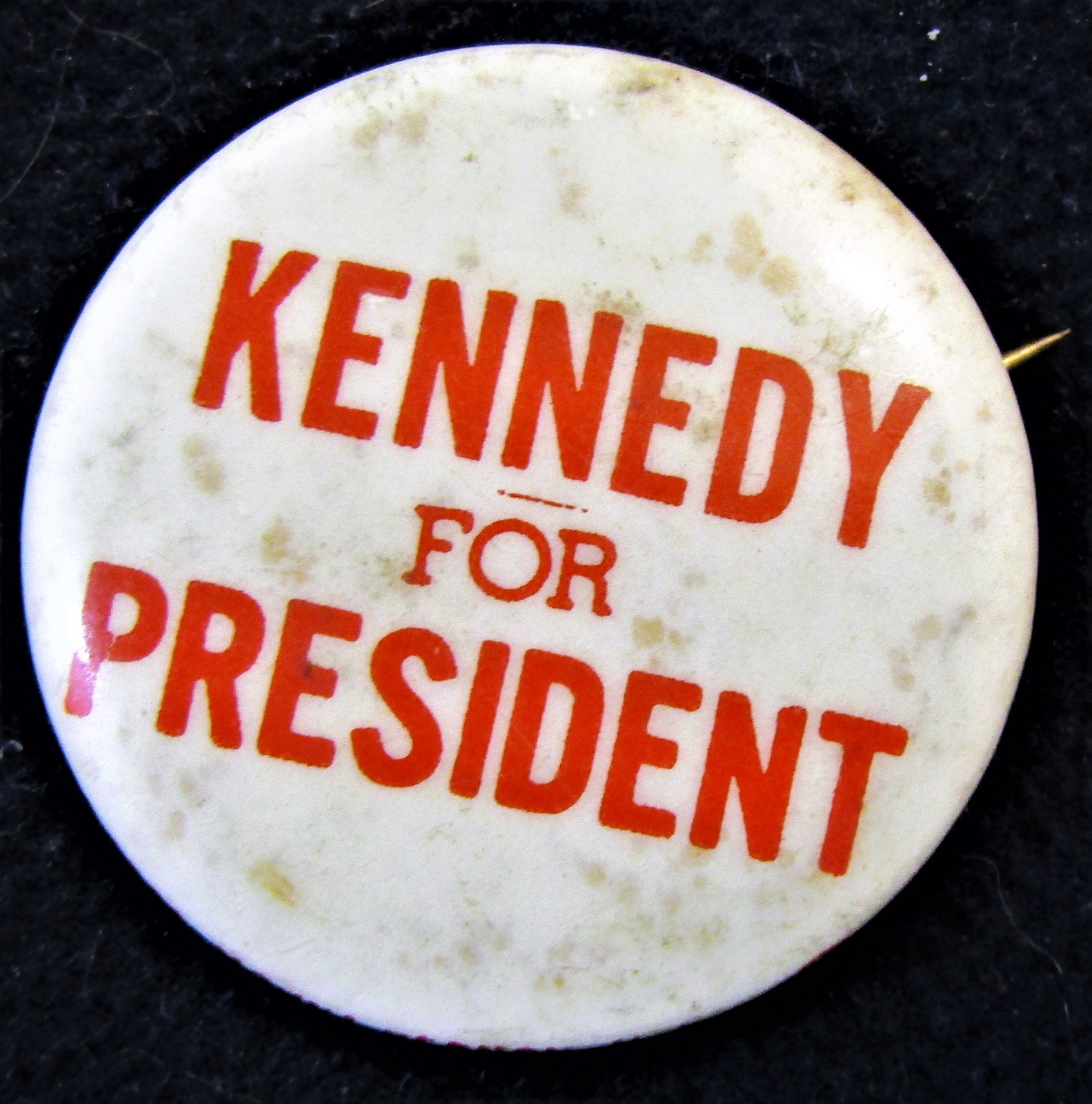 Reindeer or Kennedy Button Pins