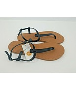 New Women's Universal Thread Black Hartley T Strap Thong Sandals Size 9.5 - $21.99