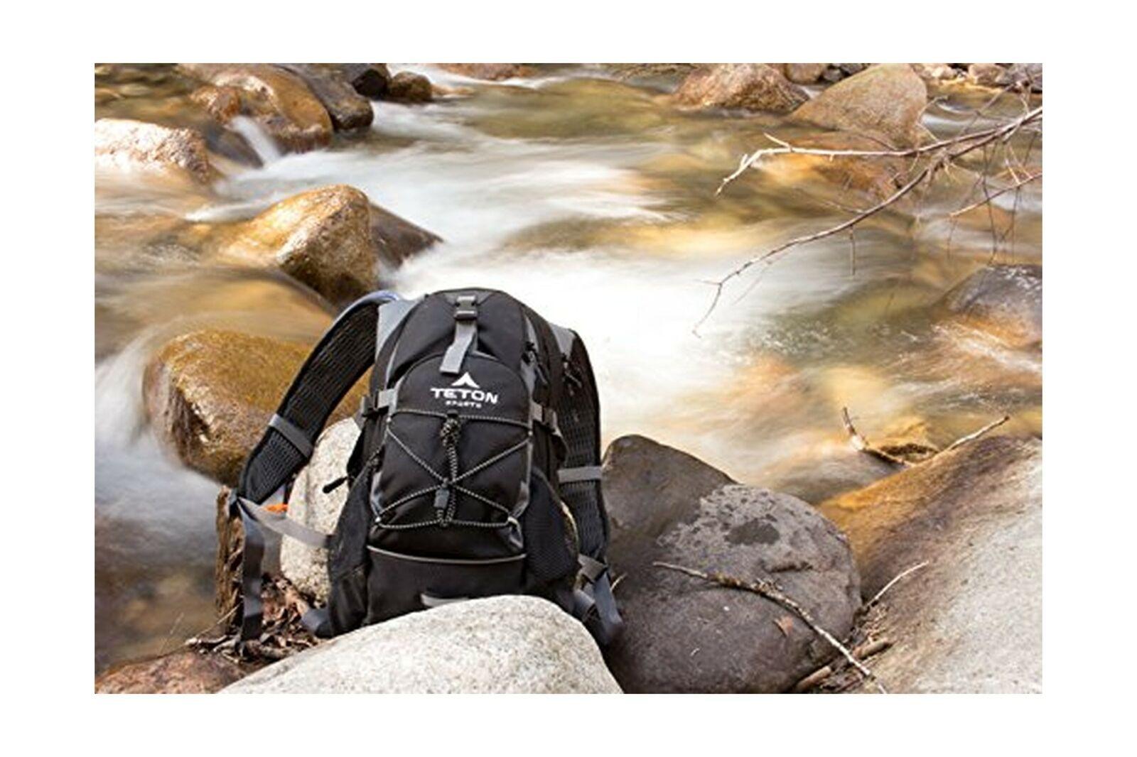 TETON Sports Oasis 1100 Hydration Water Pack 2-Liter Bladder Cycling Hiking Bag