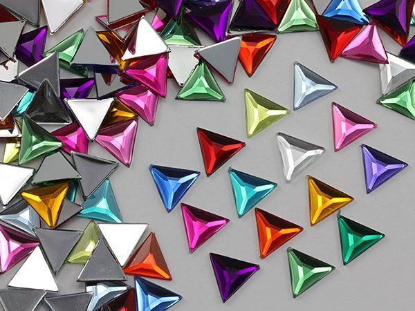 13mm Jet Black .JT Flat Back Triangle Acrylic Gemstones - 50 Pieces