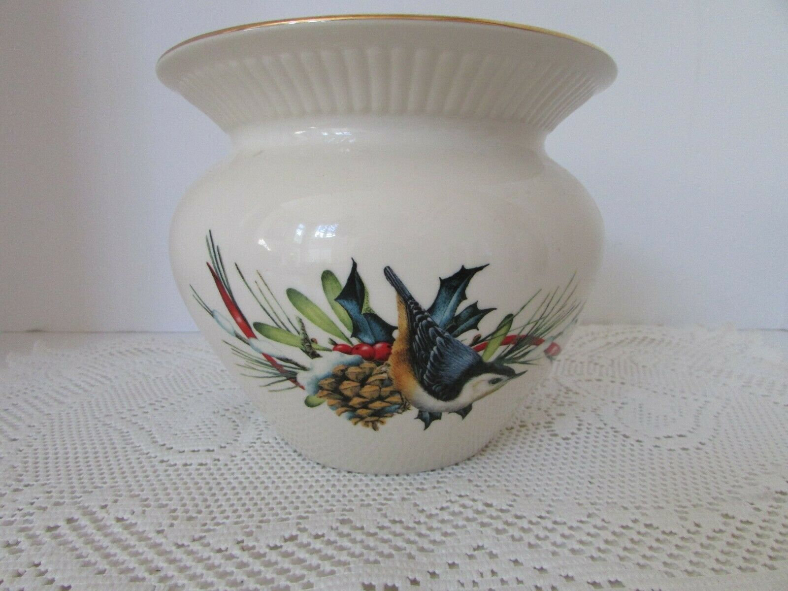 LENOX LARGE CACHE POT VASE PLANTER WINTER GREETINGS CATHERINE MCCLUNG W/TAGS