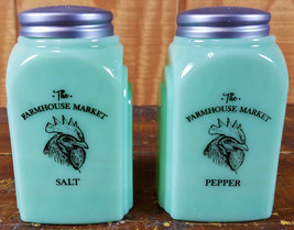 JADITE GREEN GLASS LARGE RANGE SIZE FARMHOUSE ROOSTER SALT & PEPPER SHAK... - £29.29 GBP