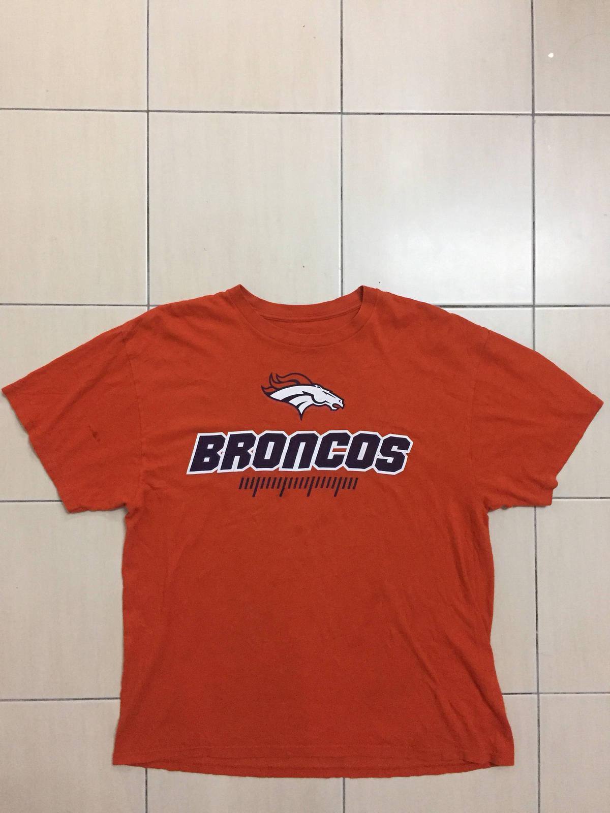 Vintage Denver Broncos NFL Football Shirt Team Apparel Big Logo Sportware  Sport cbacc31b5