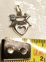 ARROW AND HEART STERLING SILVER CHARM 12X11MM image 2