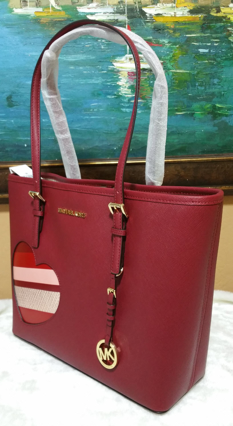 f255321d3d19e6 Michael Kors Jet Set Travel MEDIUM CarryAll Tote shoulder bag Cherry HEARTS  NWT