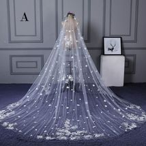 Chic / Beautiful White Wedding Tulle 3.5 m Appliques Wedding Veils - $78.95