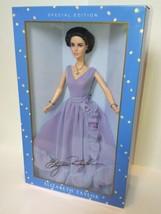 New Elizabeth Taylor White Diamonds Doll 2000 - $30.00