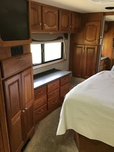 2004 Country Coach Intrigue 42 FOR SALE IN Waco, TX 76706 image 3