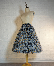 Romantic Puffy Floral Tulle Skirt High Waisted Knee Length Tulle Skirt Plus Size image 2