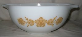 VINTAGE PYREX BUTTERFLY GOLD CINDERELLA MIXING NESTING BOWL 1 1/2 PT #441 - $25.99