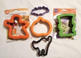 5 Lot Halloween Cookie Cutters Monster Pumpkin Cat Bat Ghost Wilton Comf... - $17.05 CAD