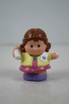 FISHER PRICE LITTLE PEOPLE Mom Mother with Baby Bottle - $2.96