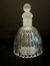 Vintage Goebel Collectors Crystal Bell - 1978 Girl Praying - $4.99