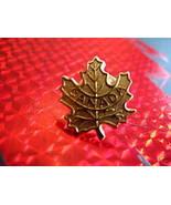 CANADA GOLD MAPLE LEAF Collector Souvenir Lapel Pin - $4.99