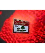 PRINCE EDWARD ISLAND FLAG Collector Souvenir Lapel Pin - $4.99