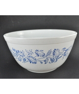 Pyrex Colonial Mist 1.5 Quart Glass Mixing Bowl... - $8.00