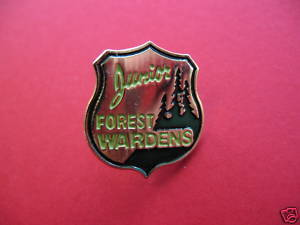 JUNIOR FOREST WARDENS Lapel Pin Hat Pin Collector Souvenir Vintage Collectible