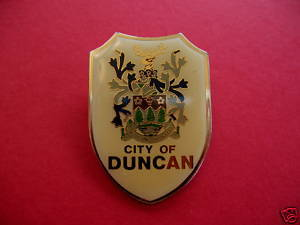 DUNCAN BC. Lapel Pin Hat Pin BRITISH COLUMBIA Souvenir Collector Vintage