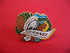 QUESNEL BC. GOLD PAN CITY LOGGING Lapel Pin Hat Pin Collector Souvenir