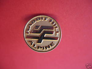 RABBITT HILL ALPINE SKI CLUB EDMONTON Lapel Pin Hat Pin Collector Souvenir