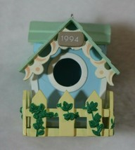 Hallmark Keepsake Easter Ornament Treetop Cottage Birdhouse 1994 Decoration - $22.76