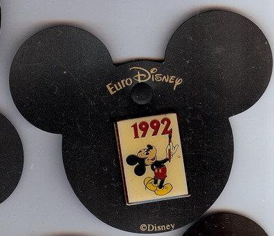 Disney Mickey 1992 Signature rare Pin/Pins
