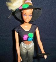 RARE VTG 1980s BARBIE ROCKERS 3 Piece OUTFIT SILVER PANTS TOP HAT & MICR... - $17.80
