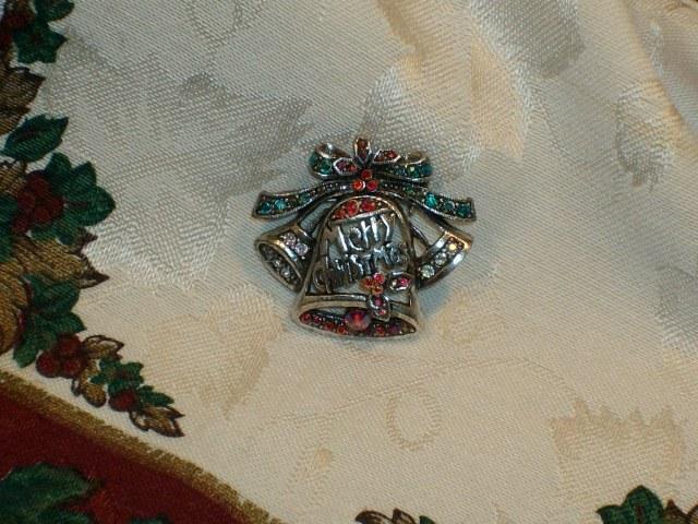 Cookie Lee Genuine Austrian Crystal Christmas Brooch - Item #29266 - New! image 2