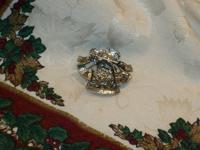 Cookie Lee Genuine Austrian Crystal Christmas Brooch - Item #29266 - New! image 3