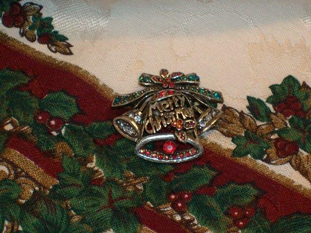 Cookie Lee Genuine Austrian Crystal Christmas Brooch - Item #29266 - New! image 4