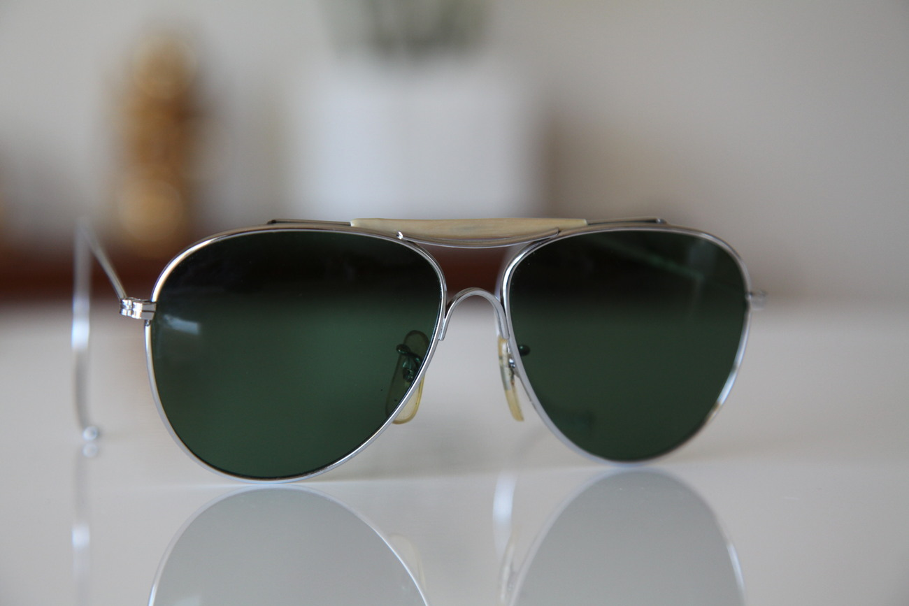 2c885f6987f0 Polaroid Aviator Glasses