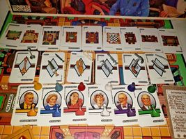 Clue the Board Game Classic Detective by Parker Brothers 1986 Vintage.. Complete image 7