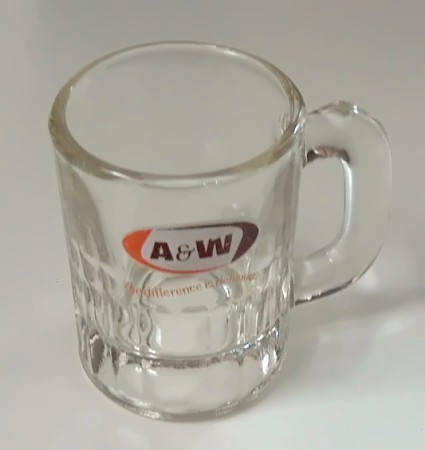 A and w baby mug