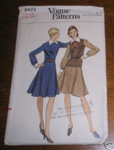 VOGUE PATTERN #8423 SZ 12 DRESS SWEATER COMPLETE
