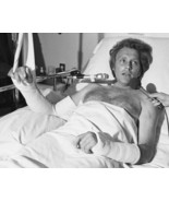 EVEL KNIEVEL 8X10 PHOTO PICTURE HOSPITAL BED - $3.95