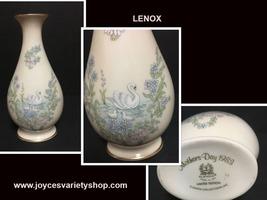 "Lenox Mother's Day 1983 Swan Porcelain Vase Limited Edition 8"" - $31.99"