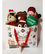 Holiday Soft Pet Toys Set with Gift Bag, New - $15.88