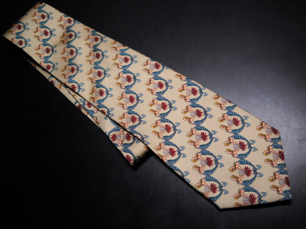 Tie mystic seaport museum pale green with mermaids 01