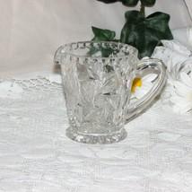 BEAUTIFUL PINWHEEL CRYSTAL CREAMER CREAM JUG PITCHER GLASS BUZZ STAR  - $9.63