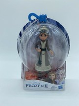"4"" Frozen II Honeymaren Disney Doll Figure Figurine Toy Confetti Leaves - $4.94"