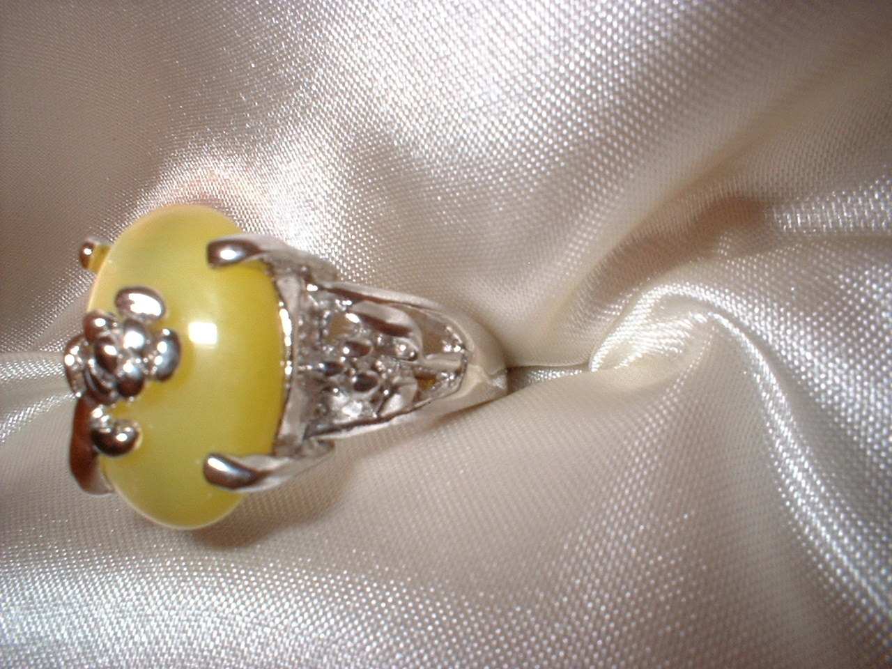 Yellow Cats Eye Flower Ring  Bargain Bin Under $10.00