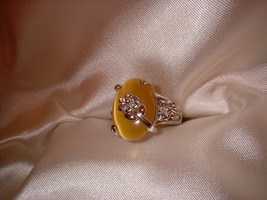 Flower ring sz 5.5 darker stone side thumb200