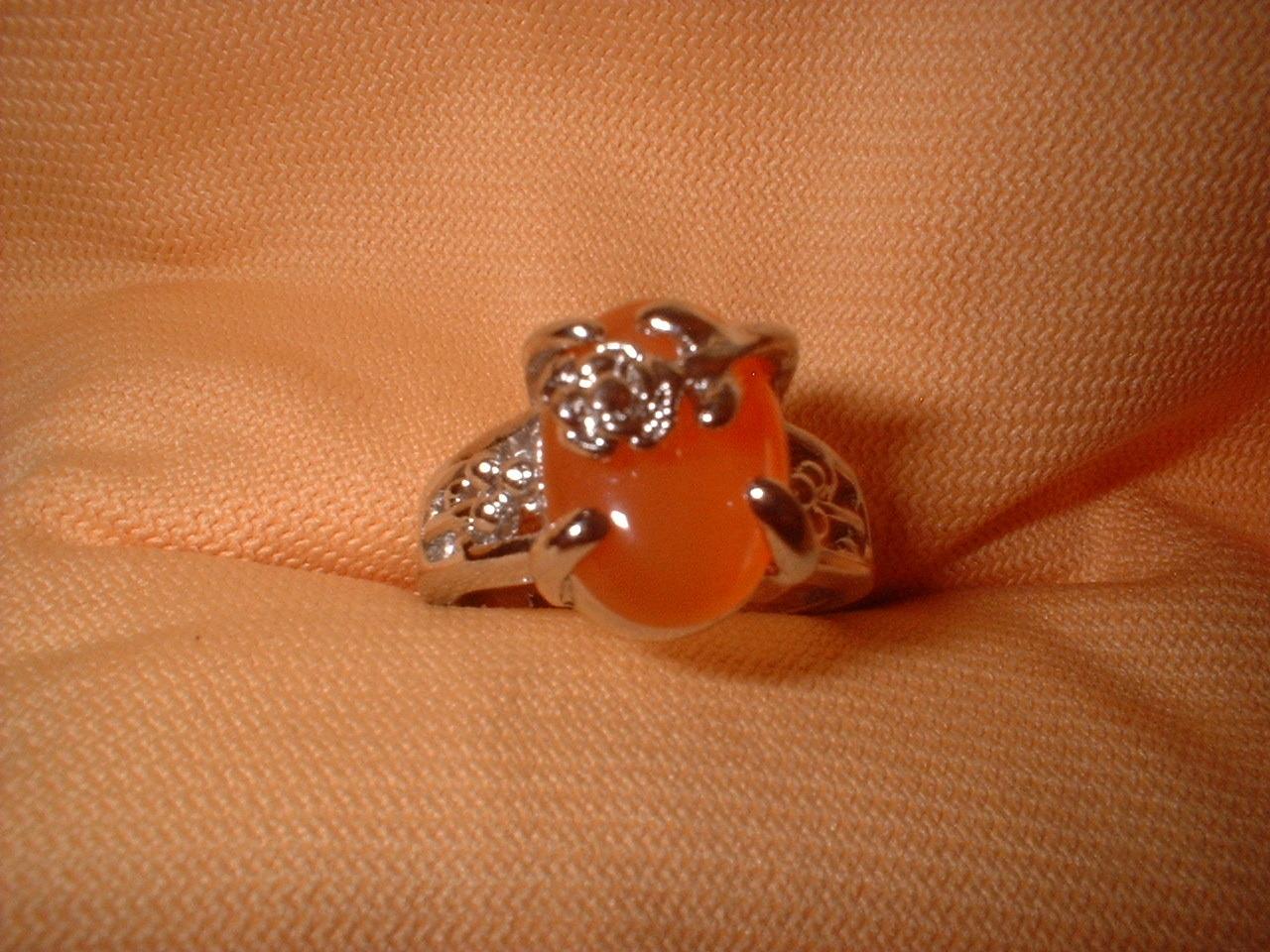 Flower ring orange small stone 6.5 or 8. tangerine