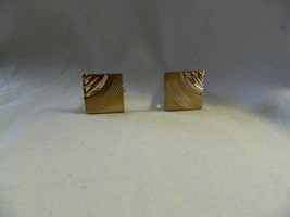Swank Laser Cut Fancy Brush Shiny Goldtone Cufflinks - $9.89