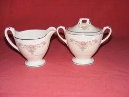 Homer Laughlin Wedgwood Covered Sugar Bowl & Creamer Eggshell Georgian - $39.95