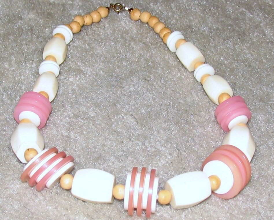 Vintage Costume Jewelry Pink, White & Wood Bead Necklace