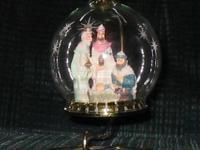Nativity House of Lloyd Ornament 1994 Nativity Hang or Freestand