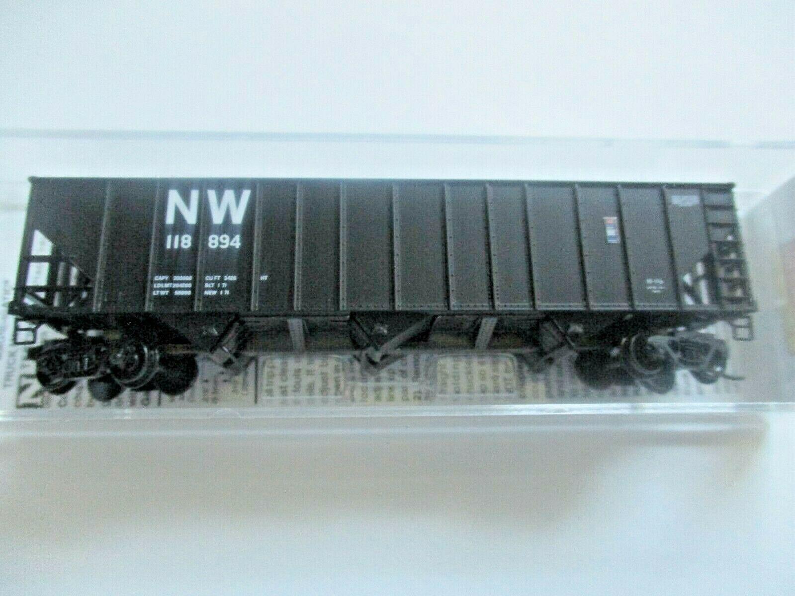 Micro-Trains # 10800421 Norfolk & Western 100-Ton 3-Bay Hopper with Coal Load (N