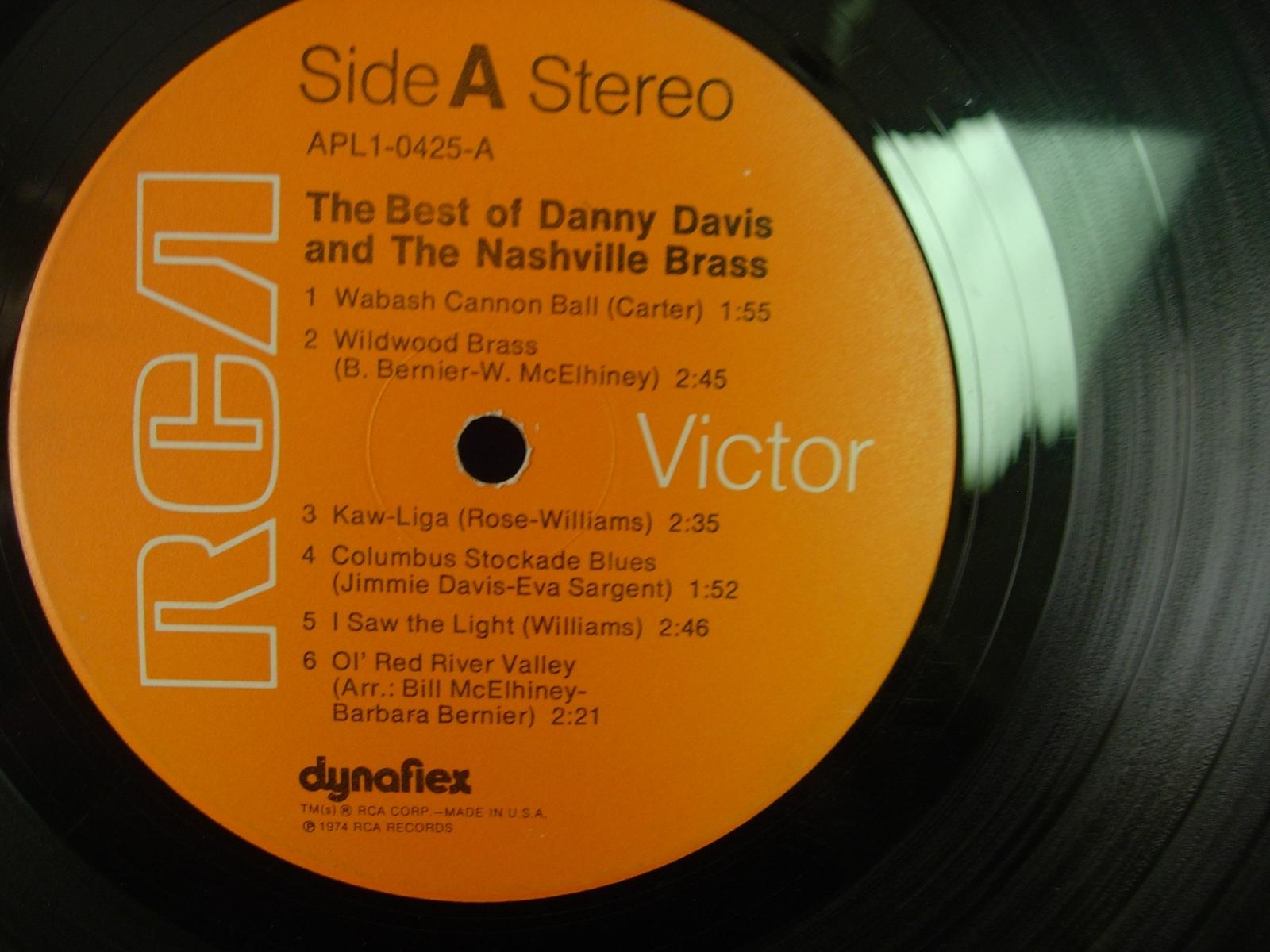 The Best of DANNY DAVIS & THE NASHVILLE BRASS - RCA APL1-0425